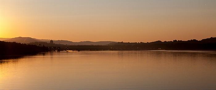 Melk Sonnenaufgang über der Donau Kraftwerk Melk Stift Melk