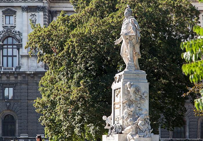 Wien Innere Stadt: Hofburg - Burggarten: Denkmal für Mozart