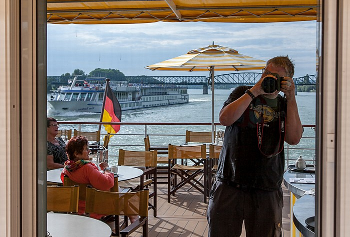 Mautern an der Donau a-rosa Schiff riva: Jürgen Mauterner Brücke