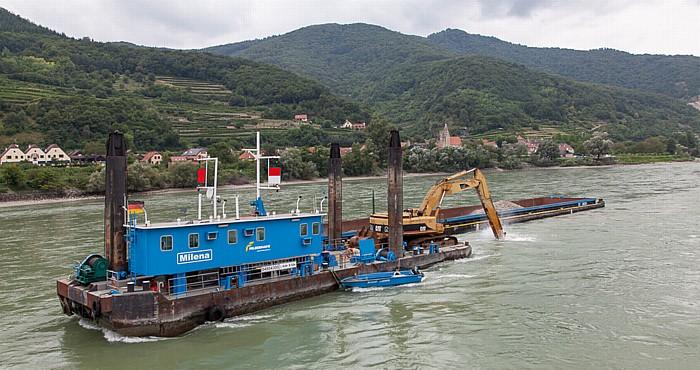Schwallenbach Wachau: Flussvertiefung in der Donau