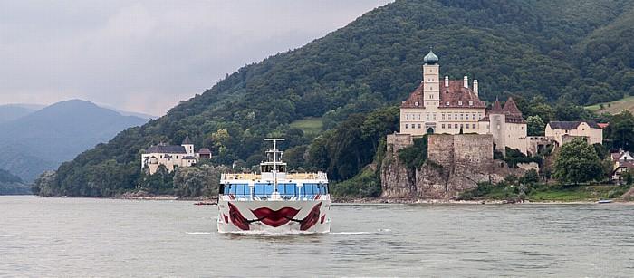 Schönbühel-Aggsbach Wachau: Donau - a-rosa Schiff mia Schloss Schönbühel Servitenkloster Schönbühel