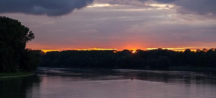 Mauthausen Sonnenuntergang über der Donau