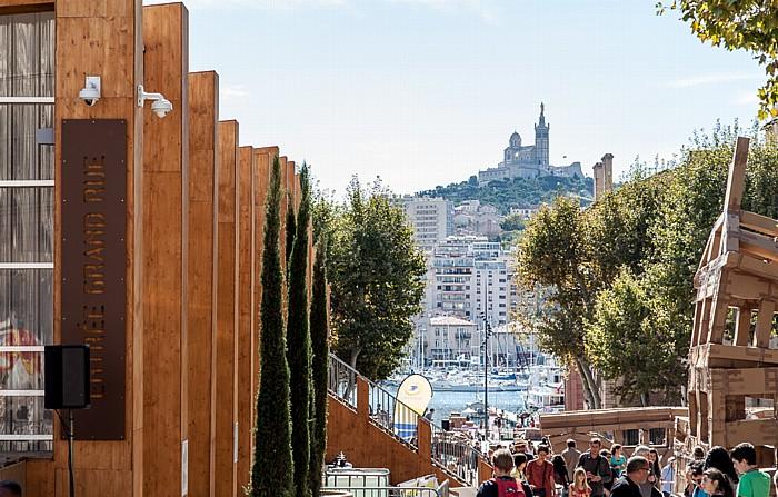 Marseille Place Villeneuve-Bargemon Alter Hafen Basilique Notre-Dame-de-la-Garde