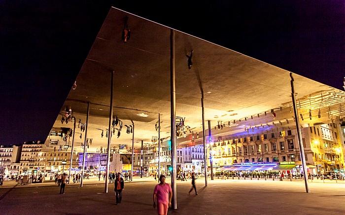 Marseille Quai des Belges mit Sonnenpavillon