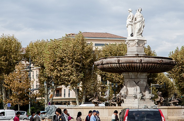 Aix-en-Provence Place de la Rotonde (Place du Général du Gaulle, Place de la Libération): Fontaine de la Rotonde