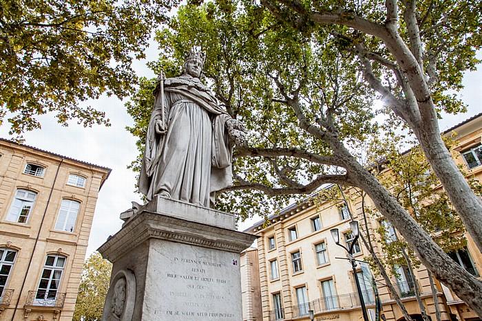 Aix-en-Provence Cours Mirabeau: Statue du roi René