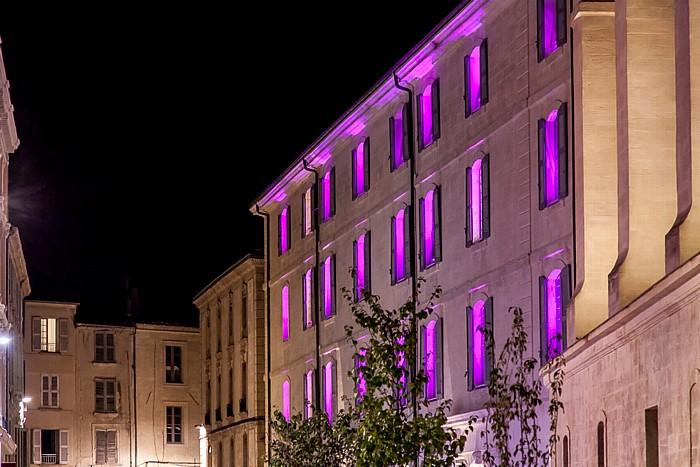 Avignon Intra-muros: Place Pie