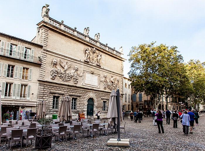 Avignon Intra-muros: Place du Palais, Hôtel des Monnaies