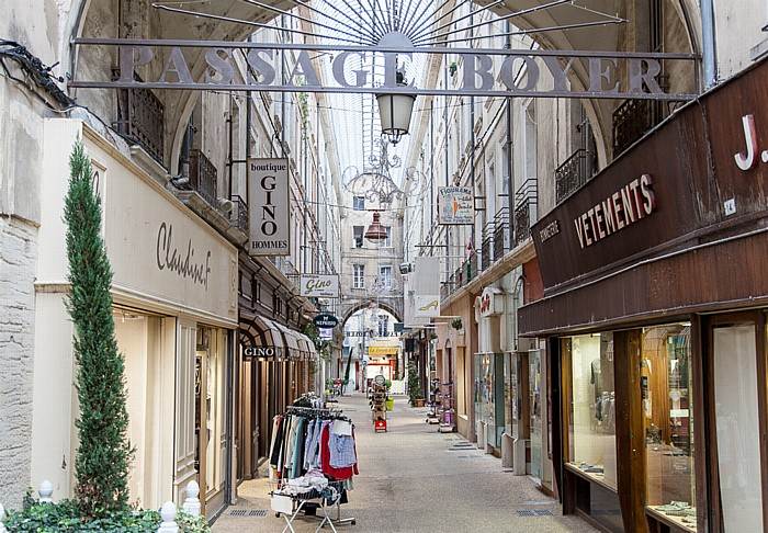 Carpentras Passage Boyer