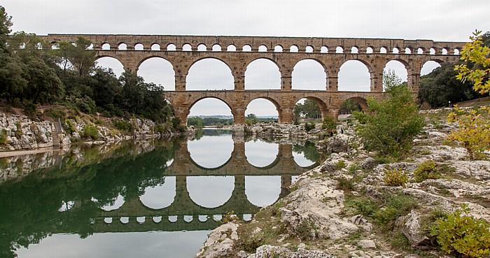 Vers-Pont-du-Gard Pont du Gard, Gardon