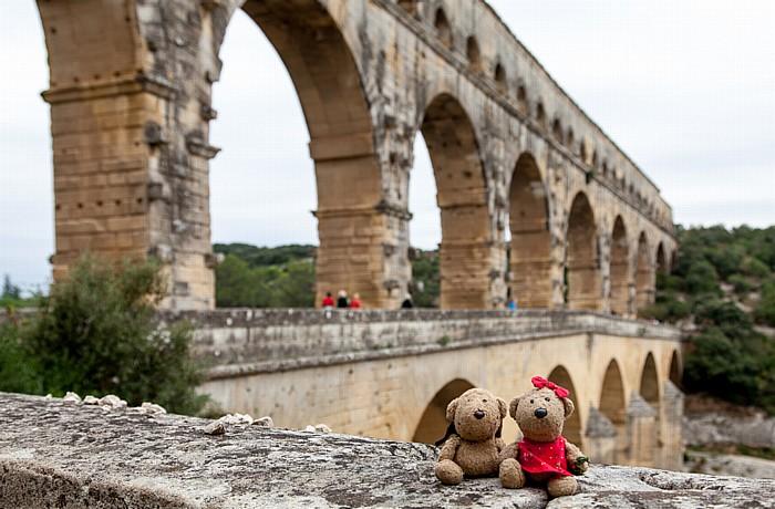 Vers-Pont-du-Gard Pont du Gard: Teddy und Teddine