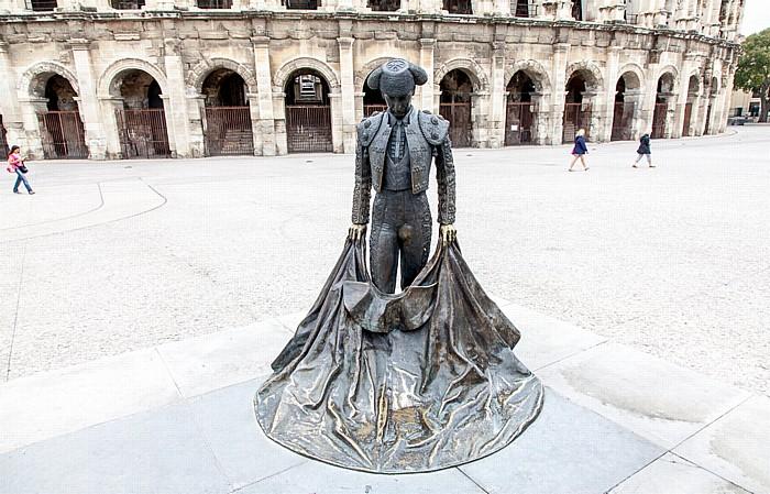 Nîmes Place des Arènes: Statue des Stierkämpfers Nimeno Amphitheater