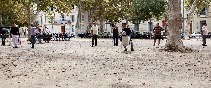 Nîmes Jardins de la Fontaine: Boule-Spieler