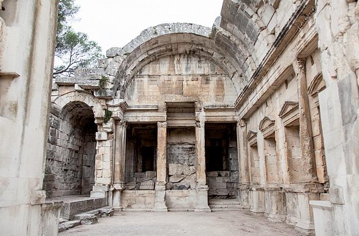 Nîmes Jardins de la Fontaine: Diana-Tempel (Temple de Diane)
