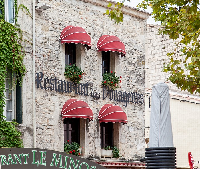 Aigues-Mortes Intra muros: Place Saint-Louis