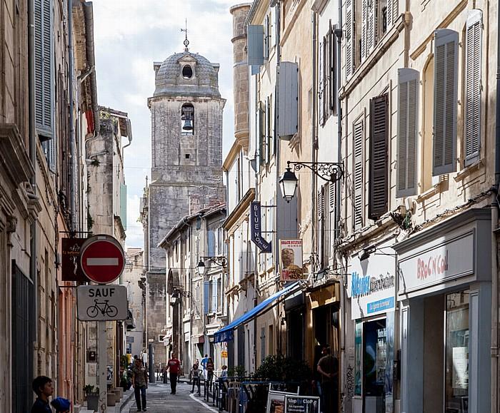 Arles Rue du 4 Septembre, Église Saint-Julien