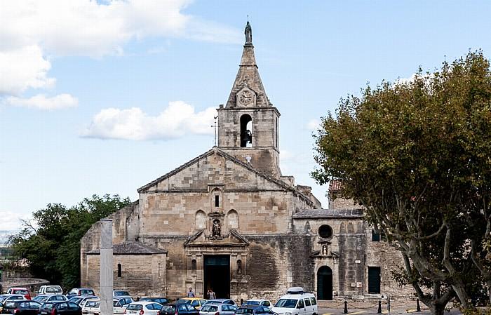 Blick vom Amphitheater (Arènes d'Arles): Église Notre-Dame-la-Major