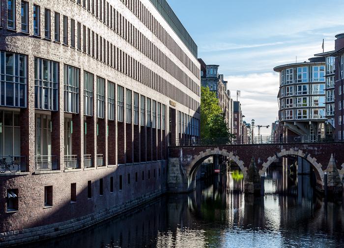 Hamburg Herrengrabenfleet mit Ellerntorsbrücke Fleethof