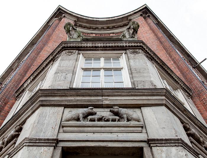 Lange Mühren / Mönckebergstraße: Klöpperhaus (Galeria Kaufhof) - Schweine Hamburg
