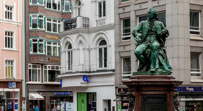 Hamburg Gänsemarkt: Denkmal für Gotthold Ephraim Lessing Wrangelhaus