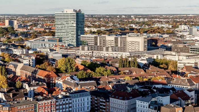 Hamburg Blick vom Turm der St.-Michaelis-Kirche (Michel): Emporio-Hochhaus