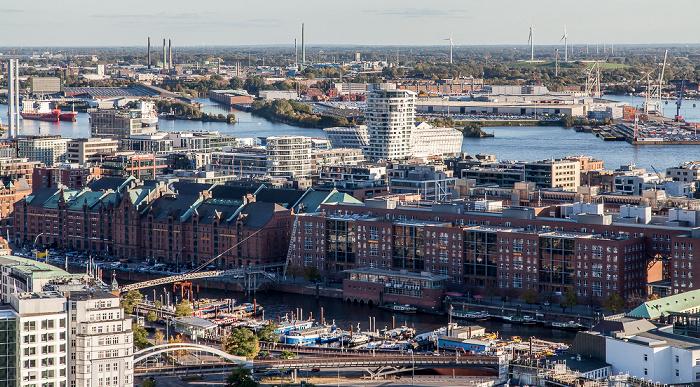 Hamburg Blick vom Turm der St.-Michaelis-Kirche (Michel): Speicherstadt / HafenCity Elbe Hamburger Hafen Marco-Polo-Tower Unilever-Haus
