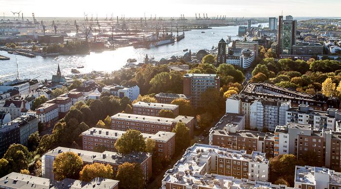 Hamburg Blick vom Turm der St.-Michaelis-Kirche (Michel): Elbe und Hafen Alter Elbpark Atlantic-Haus Hamburger Hafen