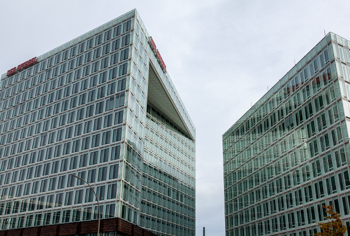Hamburg HafenCity: Spiegel-Gebäude Ericusspitze (links) und Ericus-Contor Hamburger Hafen