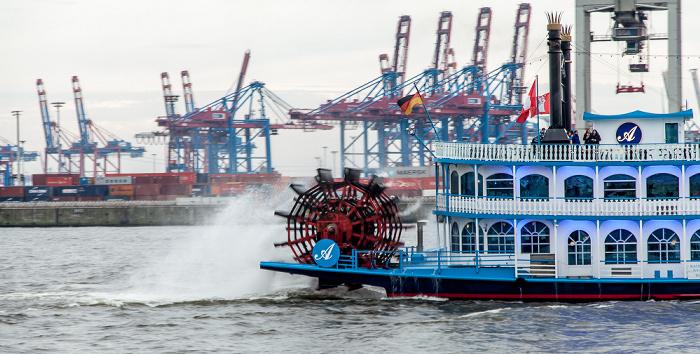 Elbe: Schaufelraddampfer Louisiana Star Hamburg