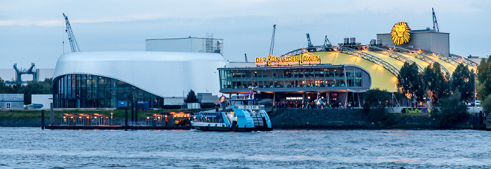 Hamburg Stage Theater an der Elbe (links) und Stage Theater im Hafen