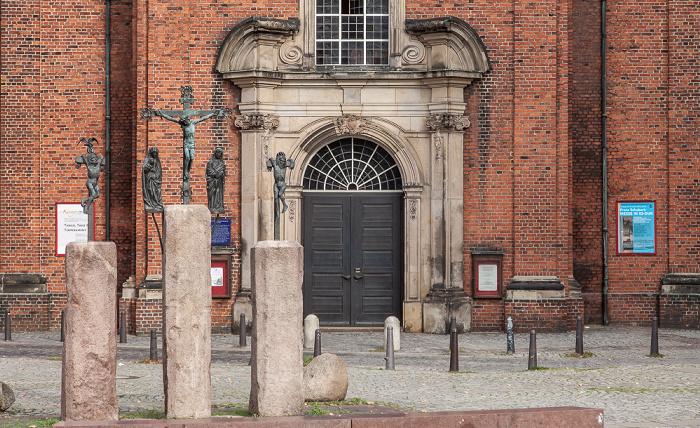 Hamburg St. Georgs Kirchhof: Kreuzigungsgruppe Heilige-Dreieinigkeits-Kirche