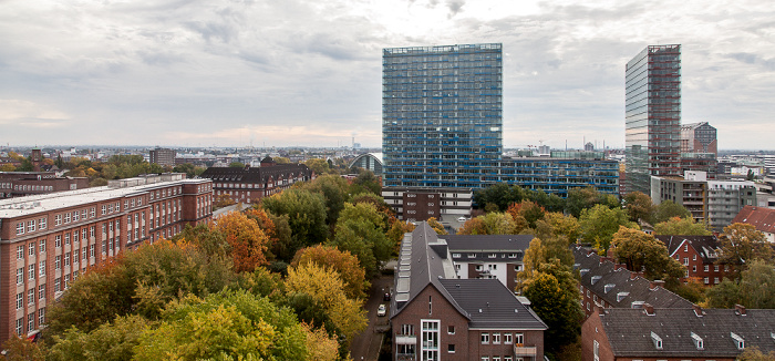 Blick aus dem Hotel Motel One Hamburg-Alster: Berliner-Tor-Center