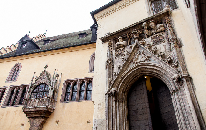 Altstadt: Rathausplatz - Altes Rathaus Regensburg