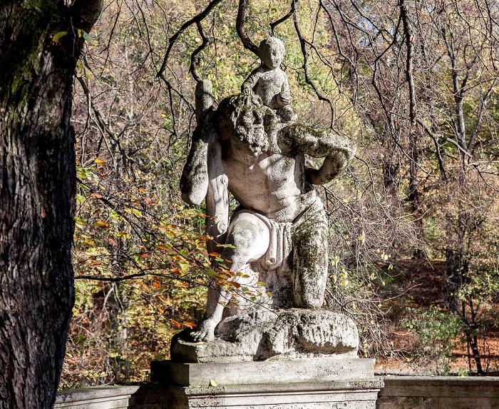 München Lehel: Widenmayerstraße (Isarkai) - Christophorus-Denkmal
