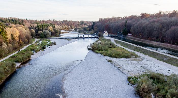München Blick von der Großhesseloher Brücke in Richtung Süden: Isar (links) und Isar-Werkkanal