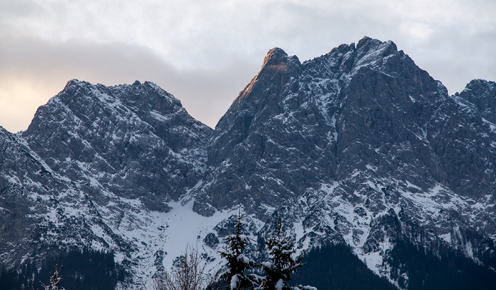 Grainau Blick aus dem Hotel Alpenhof: Wettersteingebirge - Waxenstein