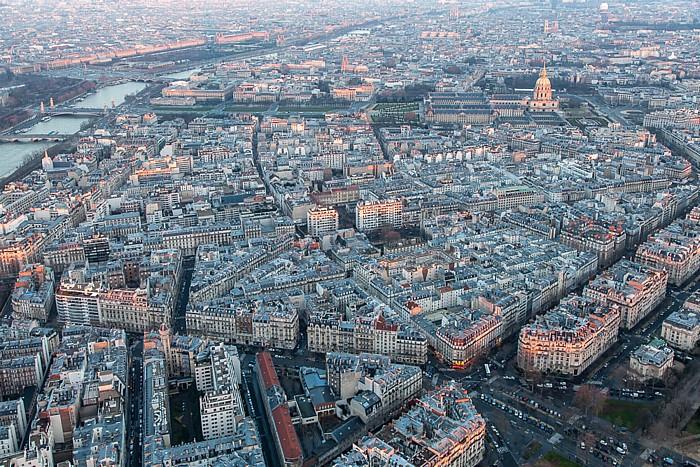 Blick vom Eiffelturm (Tour Eiffel) Paris
