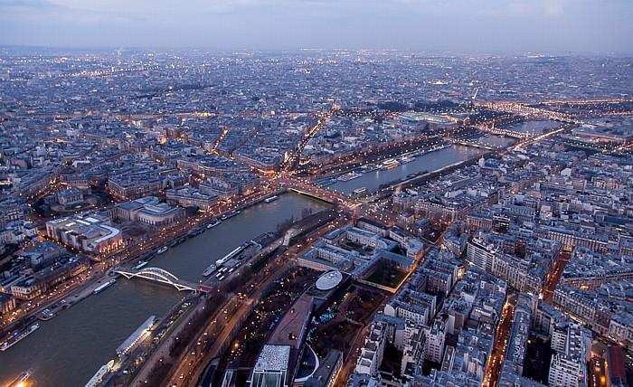 Paris Blick vom Eiffelturm (Tour Eiffel): Seine Grand Palais Jardin des Tuileries Musée du quai Branly Passerelle Debilly Place de la Concorde Pont de l'Alma Pont de la Concorde Pont des Invalides