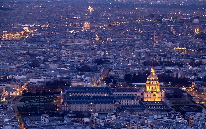 Paris Blick vom Eiffelturm (Tour Eiffel): Hôtel des Invalides und Invalidendom (Dôme des Invalides)