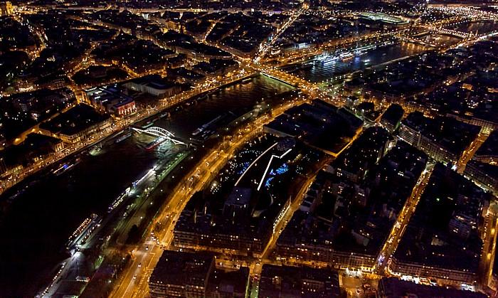 Blick vom Eiffelturm (Tour Eiffel): Seine und Musée du quai Branly (Musée des Arts premiers) Paris