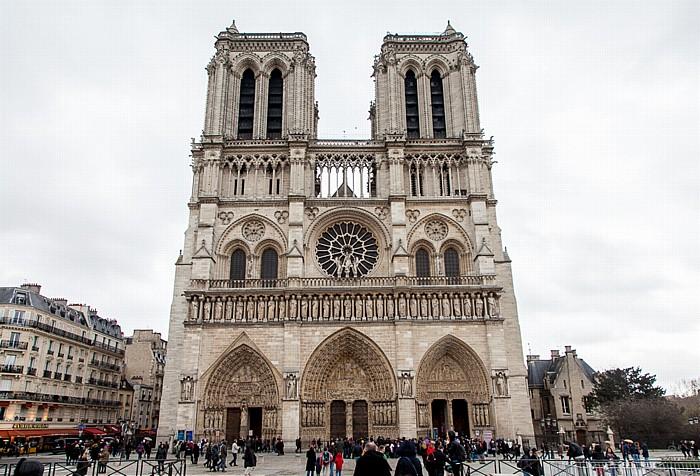 Île de la Cité: Parvis Notre-Dame - Place Jean-Paul-II, Notre-Dame de Paris Paris 2014