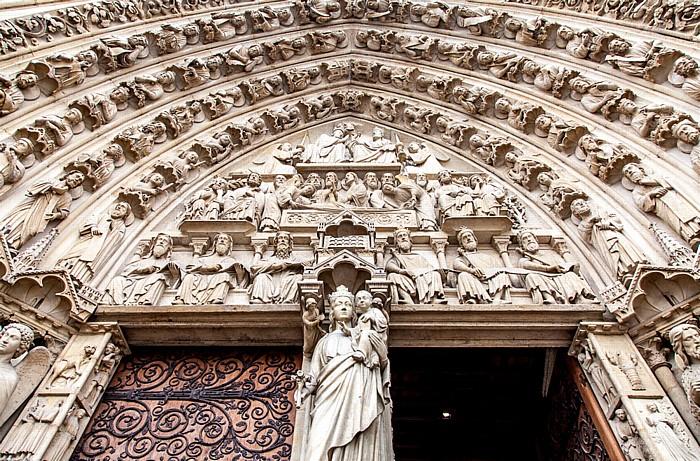 Île de la Cité: Notre-Dame de Paris -  Westfassade: Linkes Portal