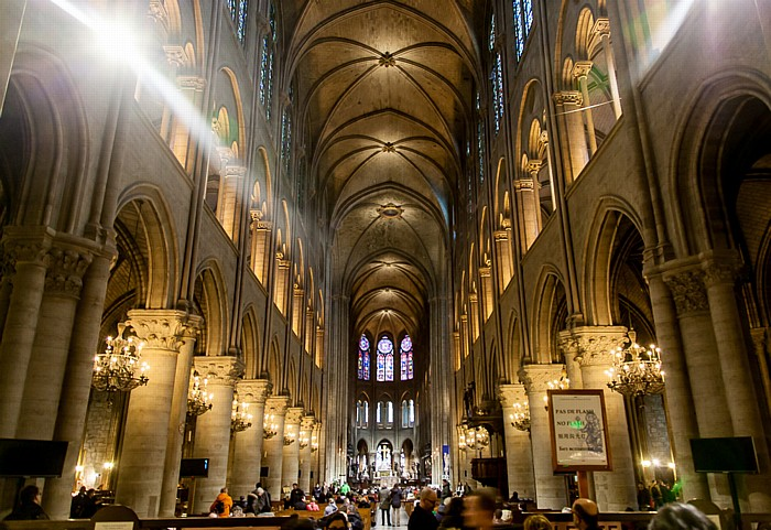 Notre-Dame de Paris: Mittelschiff