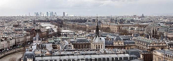 Blick von der Notre-Dame de Paris: Île de la Cité und Seine Grand Palais Musée du Louvre Palais de Justice Passerelle Léopold-Sédar-Senghor Pont de la Concorde Pont des Arts Pont du Carrousel Pont Royal Sainte-Chapelle