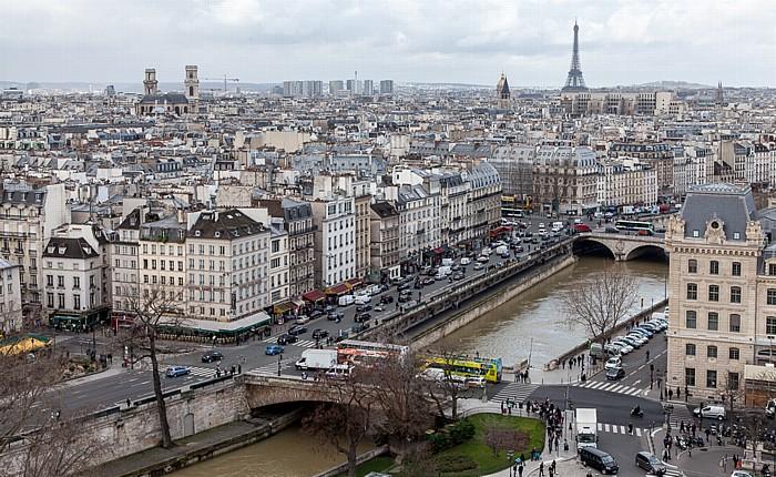 Blick von der Notre-Dame de Paris Église Saint-Sulpice Eiffelturm Petit-Pont-Cardinal-Lustiger Pont Saint-Michel Seine