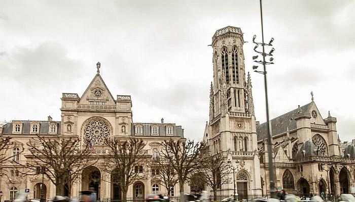 Rue de l'Amiral-de-Coligny / Place du Louvre: Mairie du 1er Arrondissement (links) / Église Saint-Germain-l'Auxerrois Paris