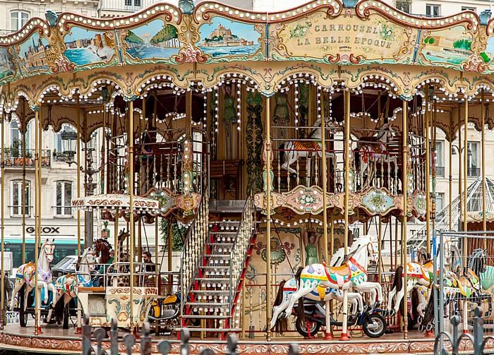 Paris Place de l'Hôtel-de-Ville: Carrousel La Belle Epoque