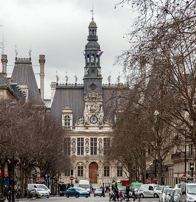 Paris Avenue Victoria, Hôtel de Ville
