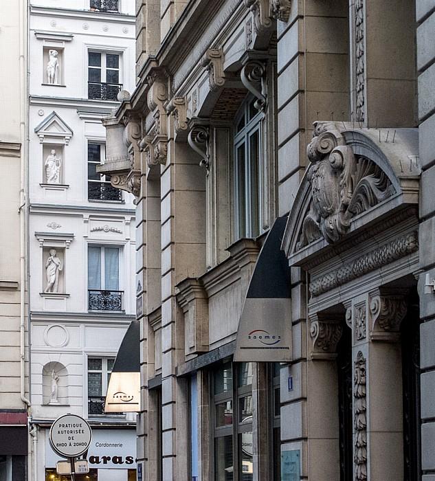 Rue Léon-Cladel (vorne) / Rue Montmartre Paris