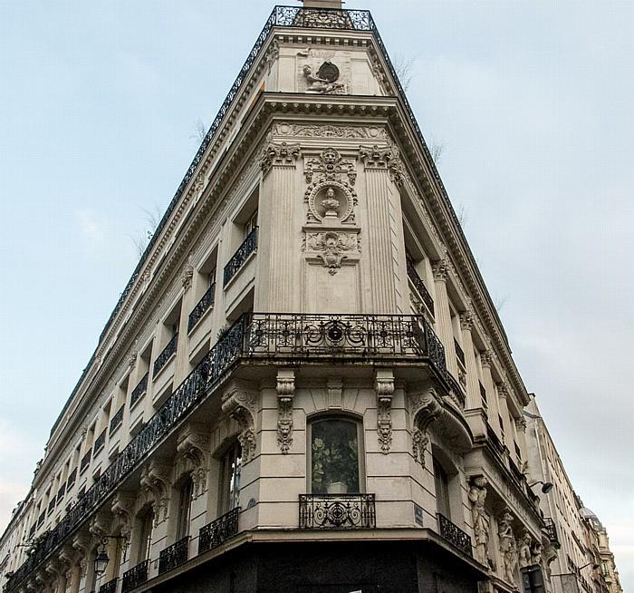 Rue du Croissant (links) / Rue Montmartre Paris